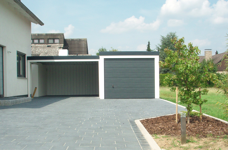 garage mit spitzdach garage antigua mit spitzdach 44 mm la1026 satteldach carport holzgaragen. Black Bedroom Furniture Sets. Home Design Ideas